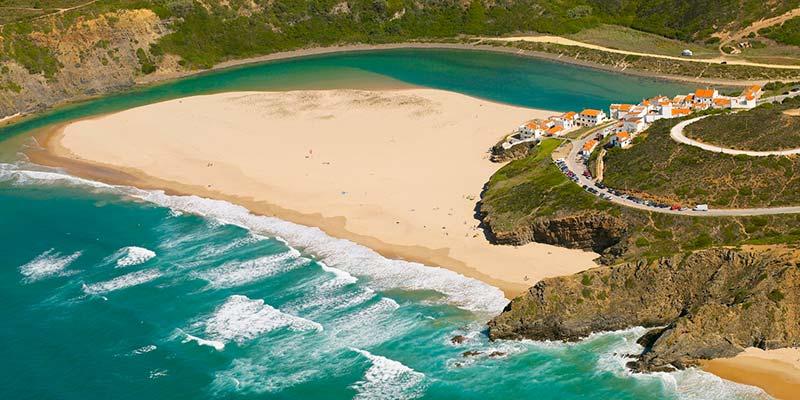 10° giorno: Colazione in hotel. incontro con la guida ed escursione nell'Algarve