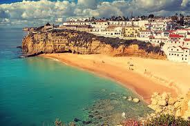 5° giorno: Colazione in hotel. Partenza per il Portogallo.